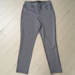 Harve Benard Stretch Pants In Houndstooth Print